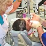 Чем отличается стоматолог от дантиста